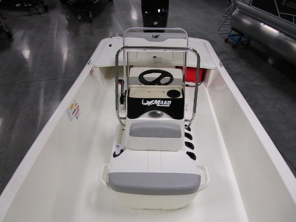 2021 Mako boat for sale, model of the boat is Pro Skiff 17 CC & Image # 23 of 28