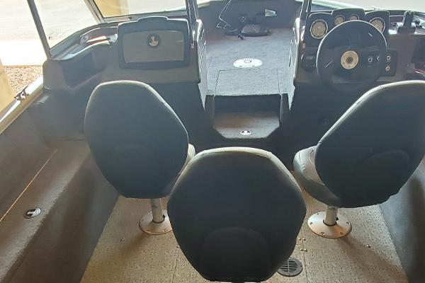 2020 Tracker Boats boat for sale, model of the boat is Pro Guide V-165 WT & Image # 4 of 49