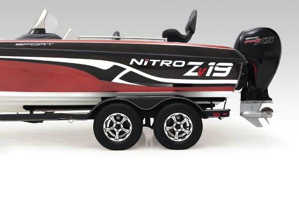 2021 Nitro boat for sale, model of the boat is ZV19 Sport & Image # 11 of 47