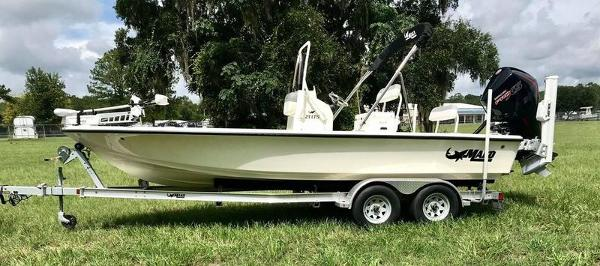 2020 Mako boat for sale, model of the boat is 214 CC & Image # 1 of 13