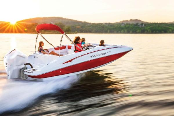 2021 Tahoe boat for sale, model of the boat is 2150 & Image # 5 of 85
