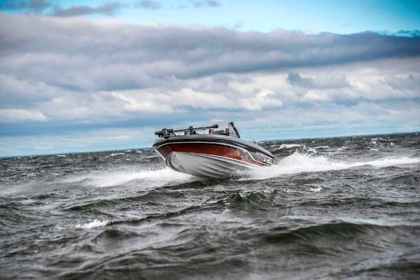 2021 Nitro boat for sale, model of the boat is ZV20 & Image # 2 of 67