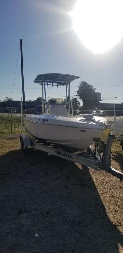 2013 Ocean Runner boat for sale, model of the boat is 21 CC & Image # 2 of 8