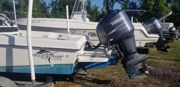 2013 Ocean Runner boat for sale, model of the boat is 21 CC & Image # 8 of 8