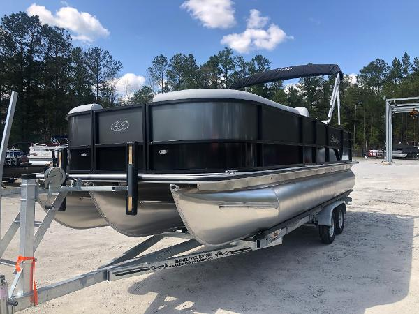 2021 Bentley boat for sale, model of the boat is 223 Swingback (3/4 Tube) & Image # 1 of 27