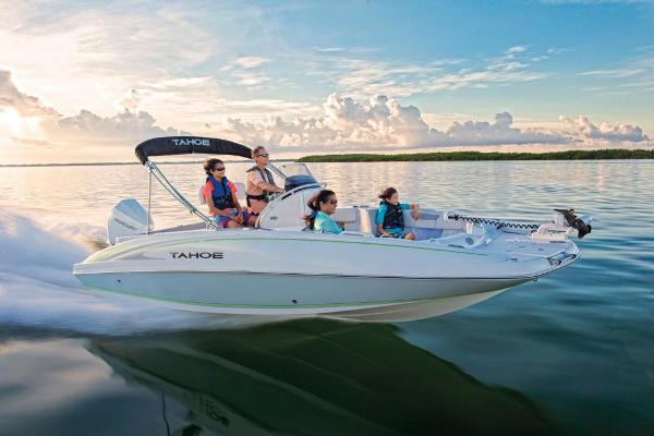 2021 Tahoe boat for sale, model of the boat is 2150 CC & Image # 16 of 132
