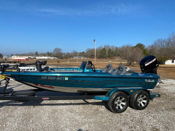 1994 BASS CAT BOATS EYRA for sale