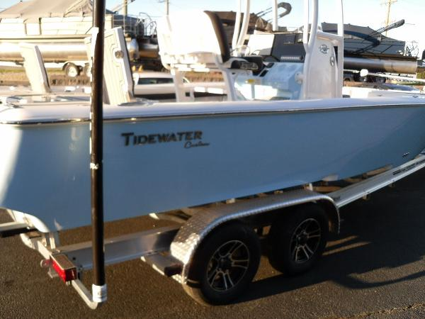 2021 Tidewater boat for sale, model of the boat is 2500 Carolina Bay & Image # 8 of 58