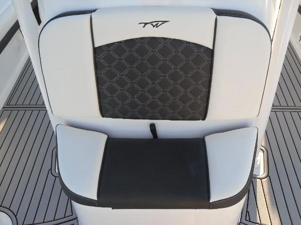 2021 Tidewater boat for sale, model of the boat is 2500 Carolina Bay & Image # 14 of 58