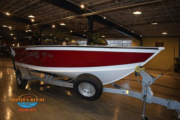 2021 Lund boat for sale, model of the boat is 1875 Crossover XS Sport & Image # 1 of 18