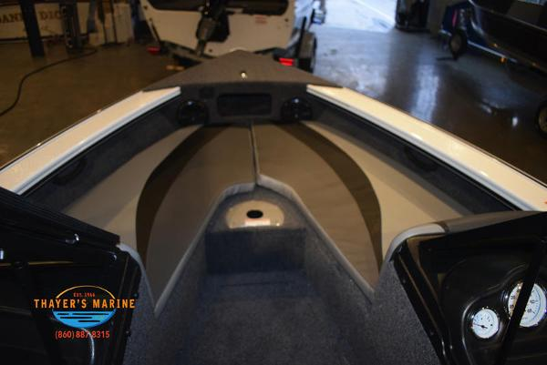 2021 Lund boat for sale, model of the boat is 1875 Crossover XS Sport & Image # 17 of 18