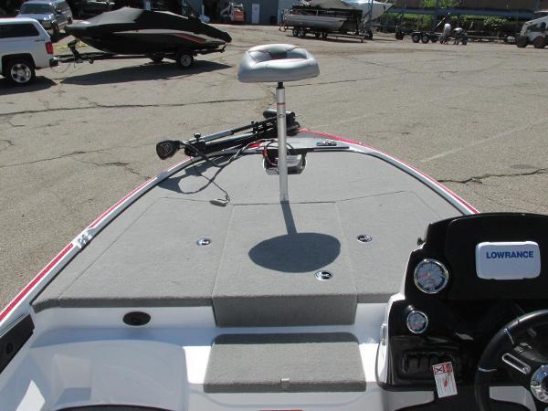 2021 Nitro boat for sale, model of the boat is Z-17 & Image # 4 of 20