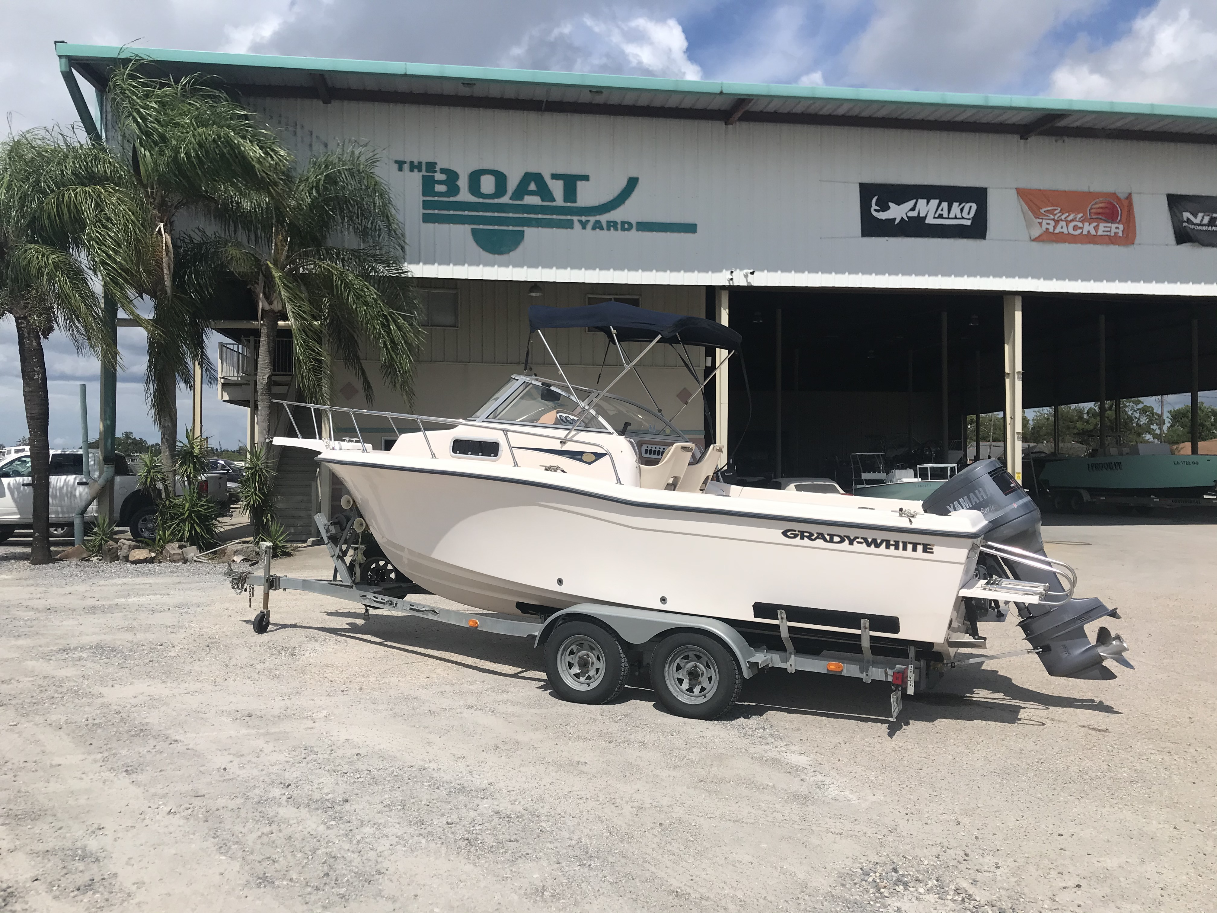 1998 Grady-White boat for sale, model of the boat is Adventure 208 & Image # 1 of 15