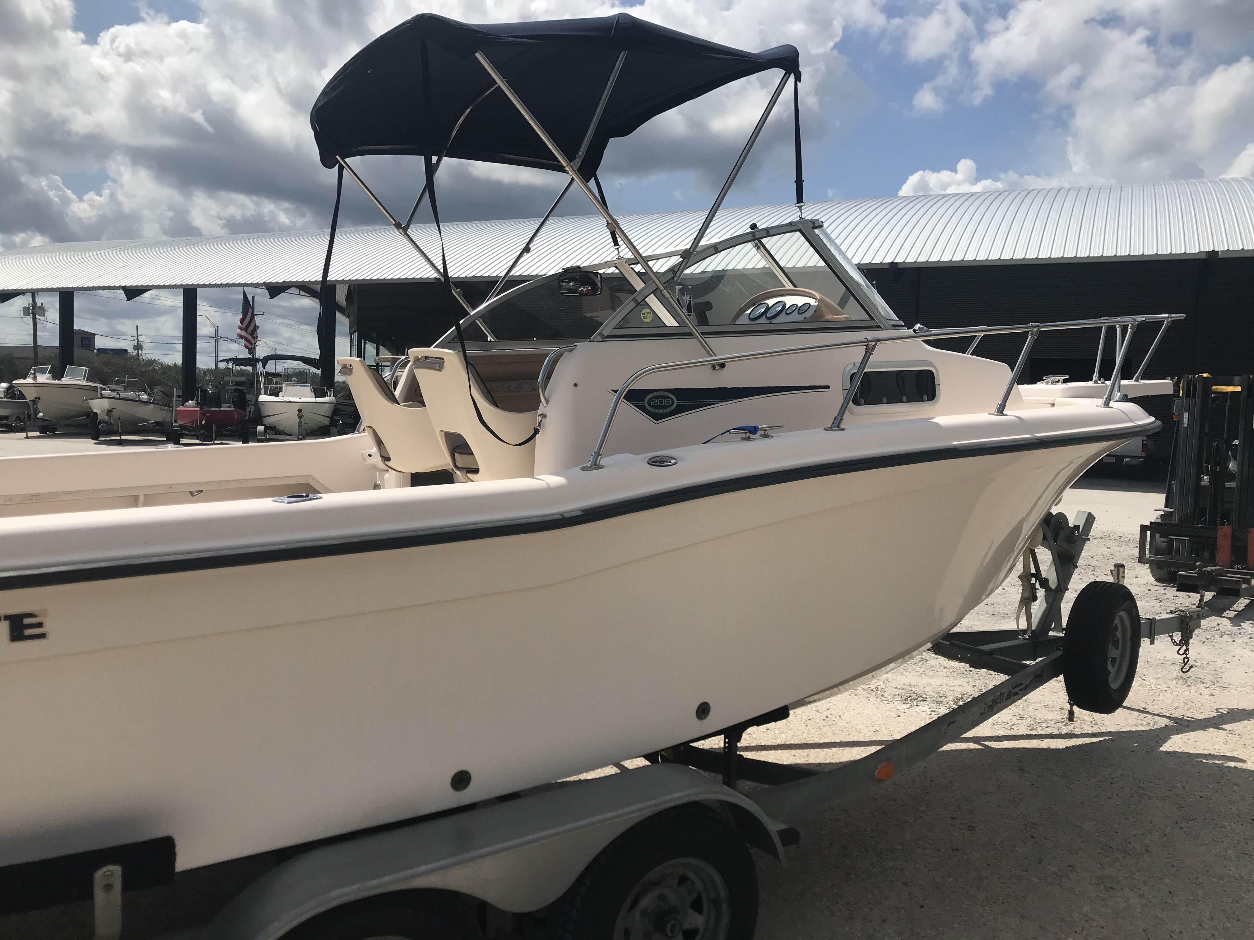 1998 Grady-White boat for sale, model of the boat is Adventure 208 & Image # 10 of 15