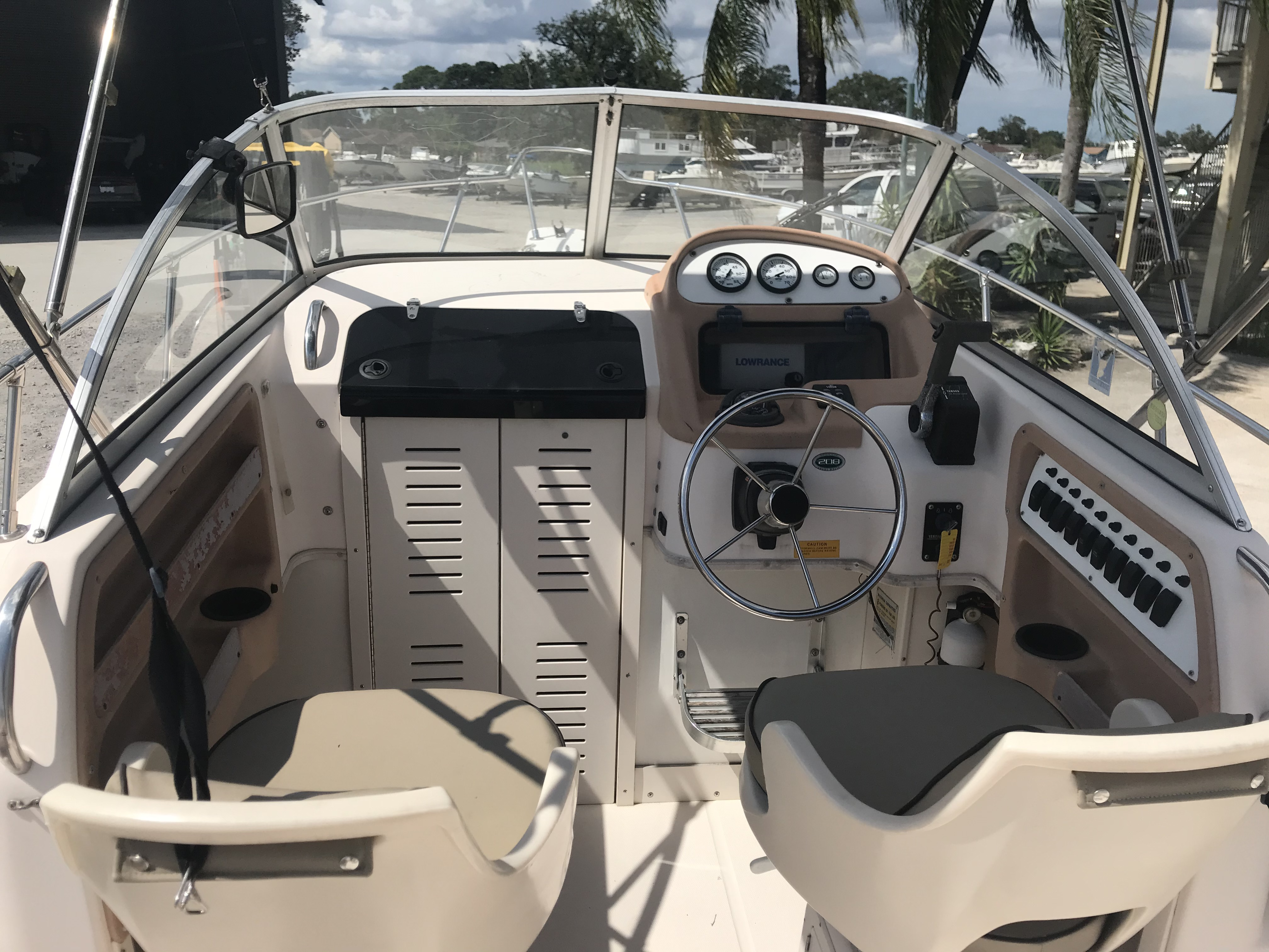 1998 Grady-White boat for sale, model of the boat is Adventure 208 & Image # 14 of 15