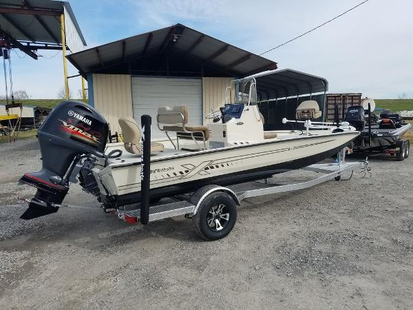 2021 Xpress boat for sale, model of the boat is H20B & Image # 3 of 14