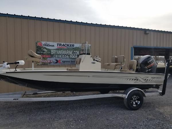2021 Xpress boat for sale, model of the boat is H20B & Image # 9 of 14