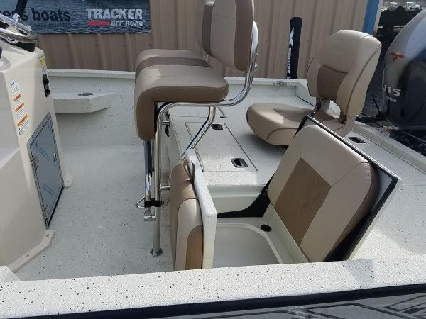2021 Xpress boat for sale, model of the boat is H20B & Image # 11 of 14