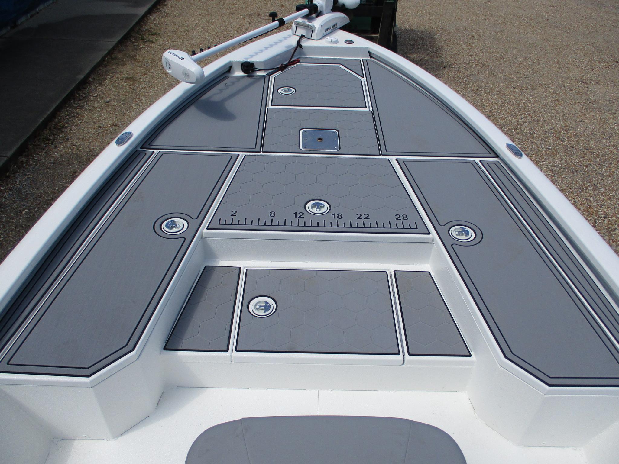 New  2021 20.57' Avid 21 FS Bay Boat in Slidell, Louisiana