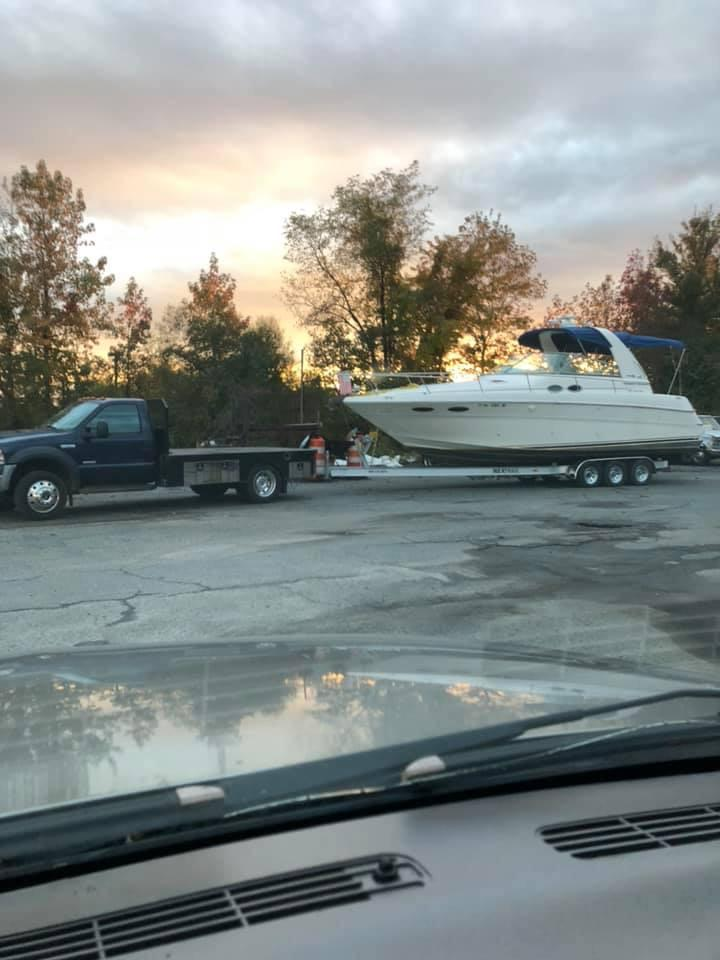 V 6016 BH Knot 10 Yacht Sales