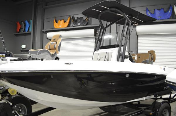 2021 Scarab boat for sale, model of the boat is 195 ID OPEN & Image # 2 of 12