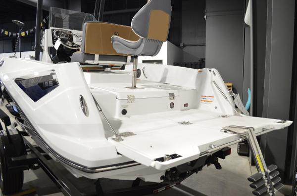 2021 Scarab boat for sale, model of the boat is 195 ID OPEN & Image # 12 of 12