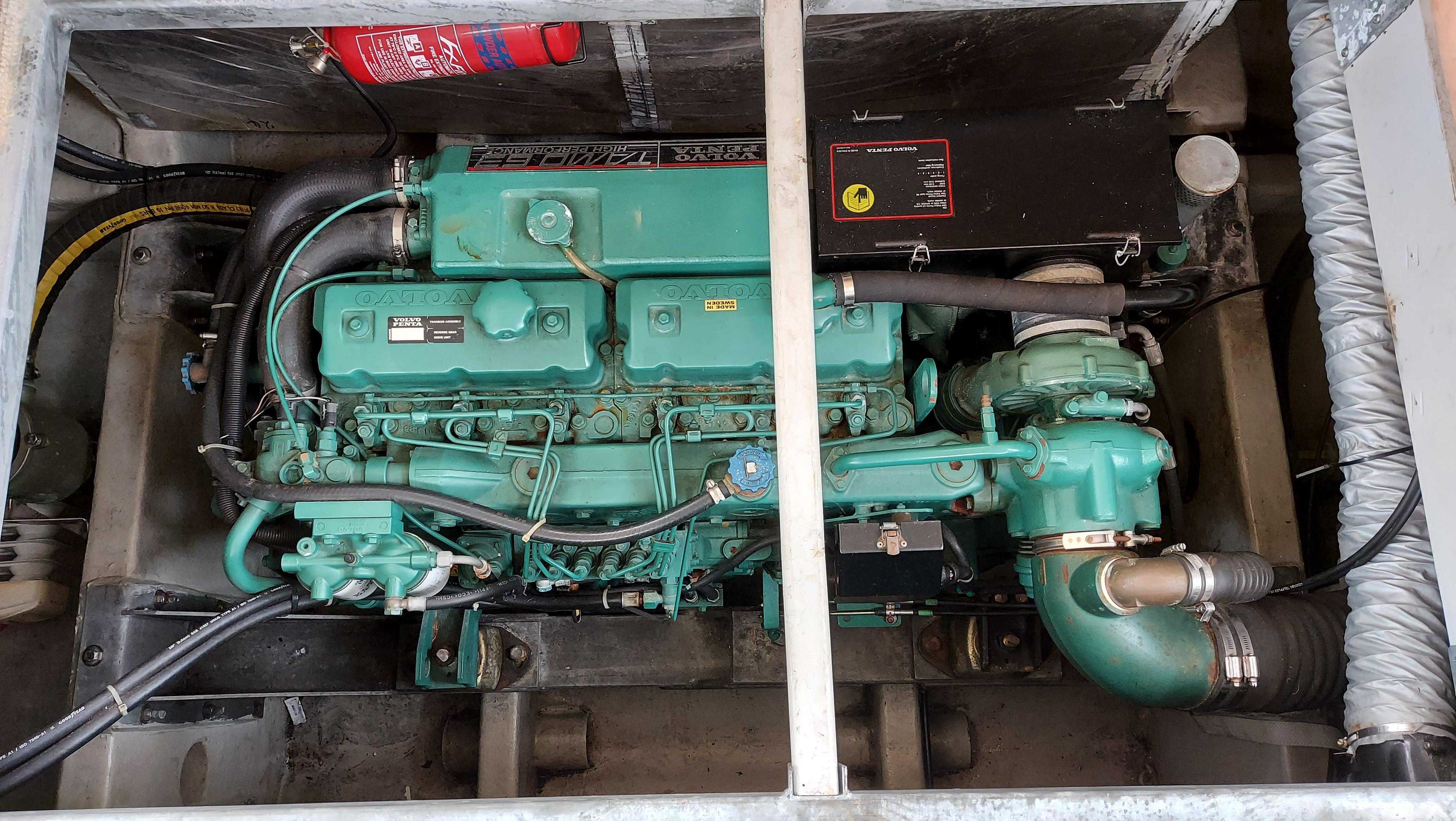 1999 Sealine F43