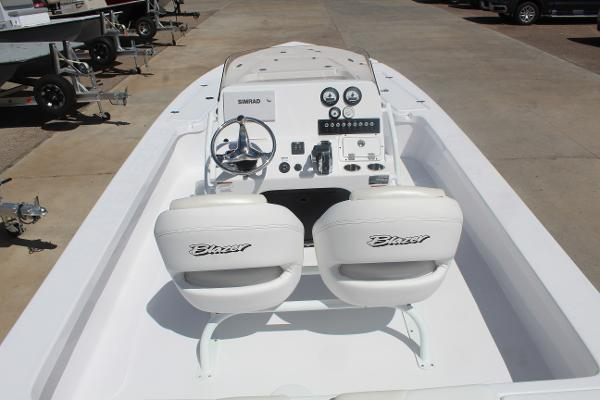 2021 Blazer boat for sale, model of the boat is 2420 GTS & Image # 11 of 17