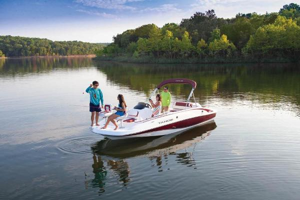 2021 Tahoe boat for sale, model of the boat is 215 Xi & Image # 7 of 58