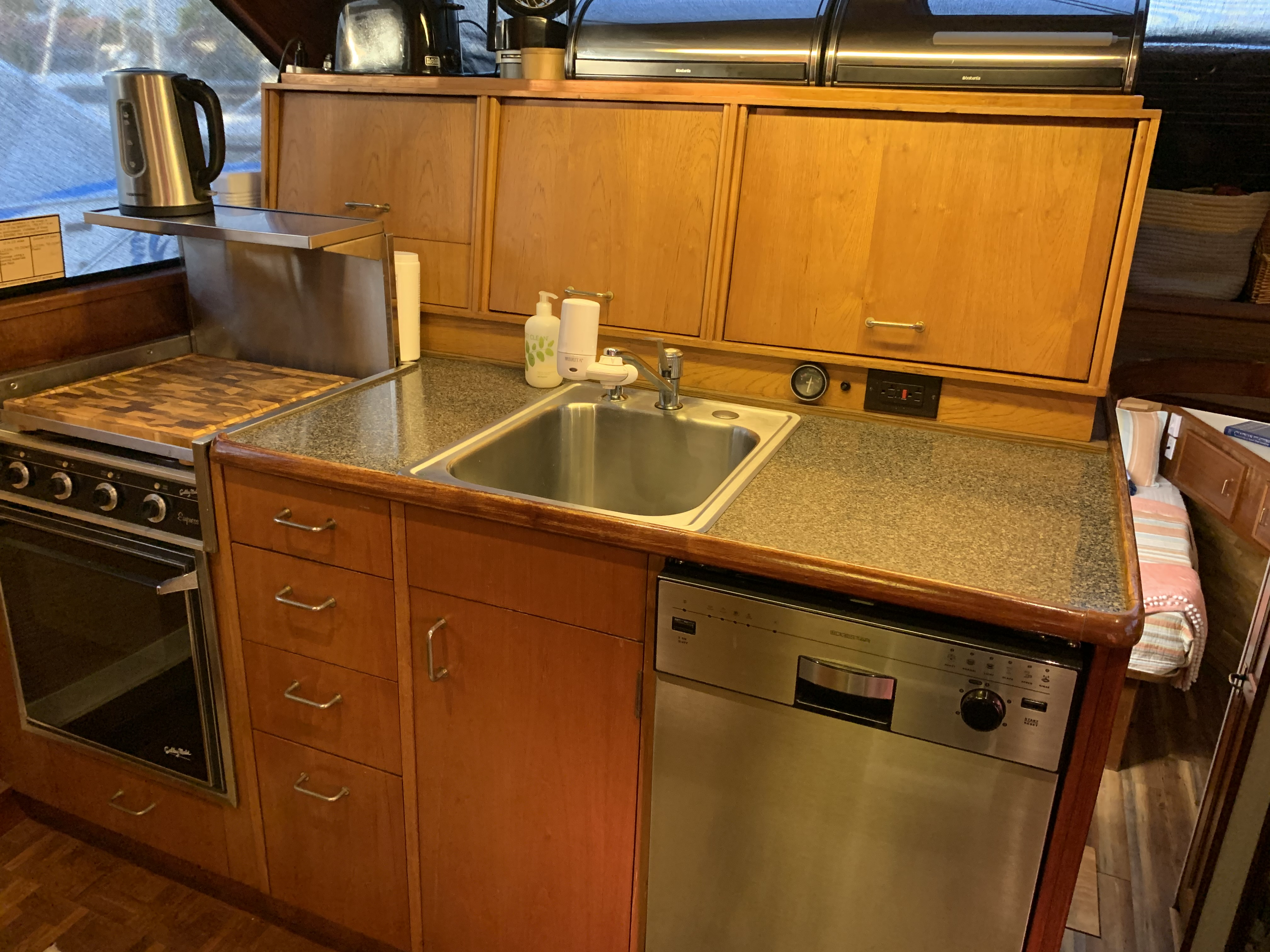 Galley with dishwasher and disposal sink