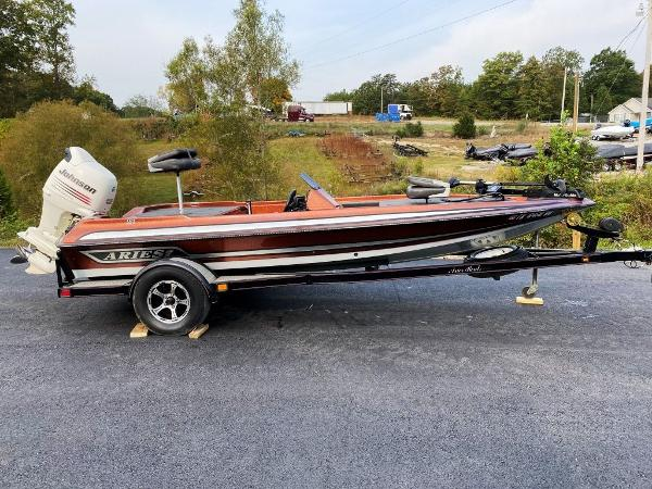 2003 Aries boat for sale, model of the boat is 181 & Image # 1 of 14