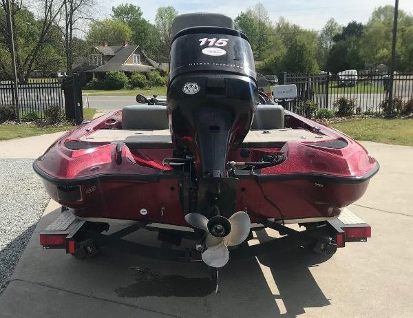 2009 Triton boat for sale, model of the boat is 18 Explorer & Image # 4 of 12