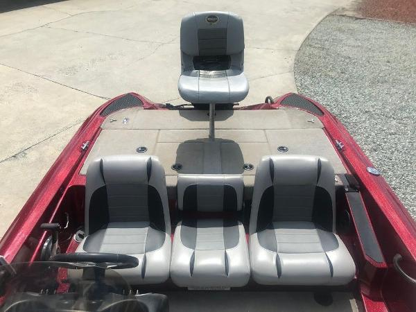2009 Triton boat for sale, model of the boat is 18 Explorer & Image # 12 of 12