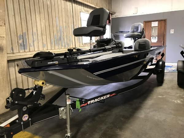 2021 Tracker Boats boat for sale, model of the boat is PRO170 & Image # 4 of 7