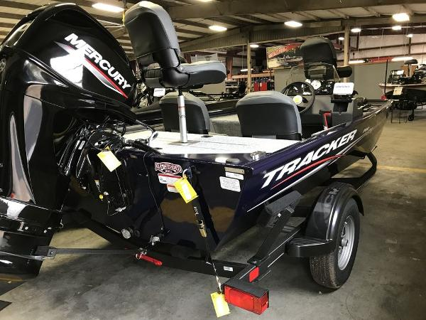 2021 Tracker Boats boat for sale, model of the boat is PRO170 & Image # 7 of 7