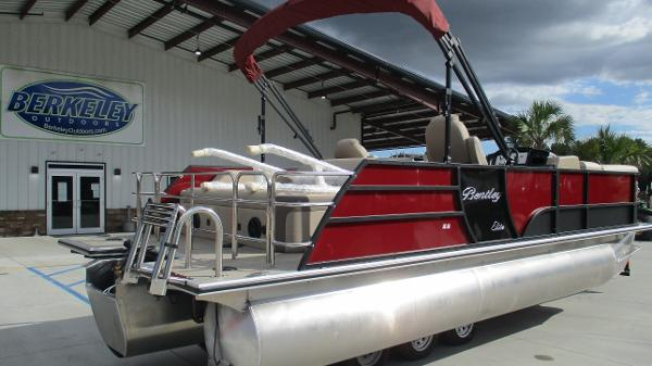 2021 Bentley boat for sale, model of the boat is Elite 223 Swingback (Full Tube) & Image # 5 of 57