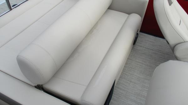 2021 Bentley boat for sale, model of the boat is Elite 223 Swingback (Full Tube) & Image # 14 of 57
