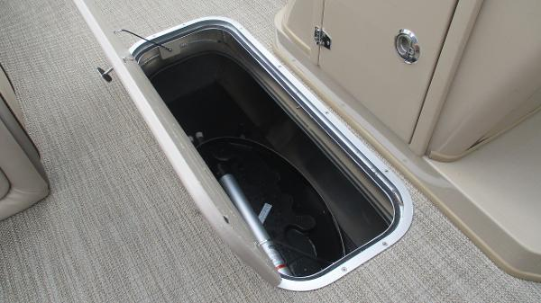 2021 Bentley boat for sale, model of the boat is Elite 223 Swingback (Full Tube) & Image # 33 of 57