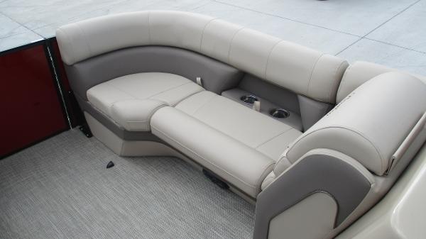 2021 Bentley boat for sale, model of the boat is Elite 223 Swingback (Full Tube) & Image # 36 of 57
