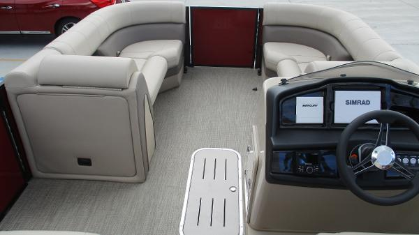 2021 Bentley boat for sale, model of the boat is Elite 223 Swingback (Full Tube) & Image # 37 of 57