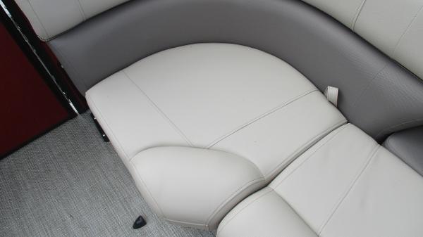 2021 Bentley boat for sale, model of the boat is Elite 223 Swingback (Full Tube) & Image # 43 of 57