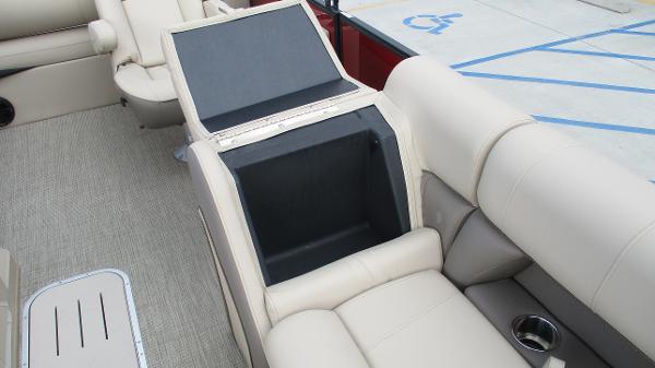 2021 Bentley boat for sale, model of the boat is Elite 223 Swingback (Full Tube) & Image # 47 of 57