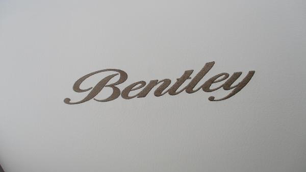 2021 Bentley boat for sale, model of the boat is Elite 223 Swingback (Full Tube) & Image # 52 of 57