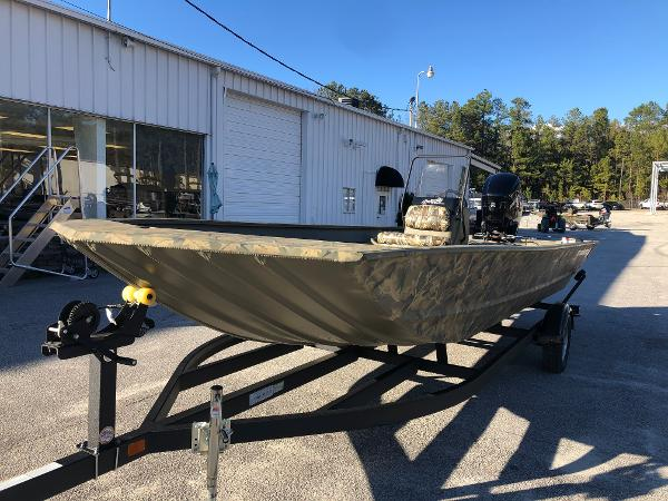 2021 Tracker Boats boat for sale, model of the boat is 2072 CC & Image # 1 of 26