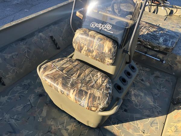 2021 Tracker Boats boat for sale, model of the boat is 2072 CC & Image # 19 of 26