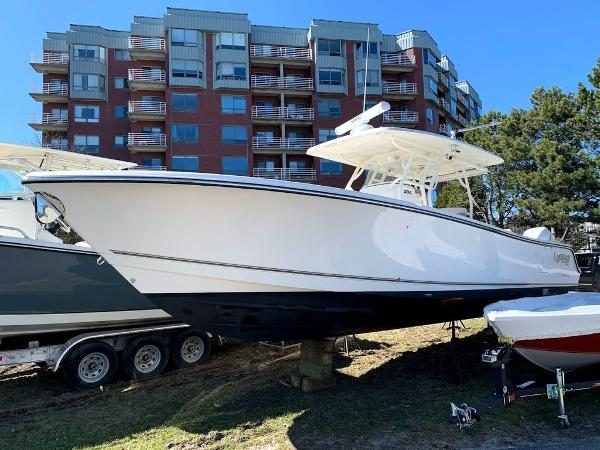 2019 Mako boat for sale, model of the boat is 334 CC Sportfish Edition & Image # 1 of 35