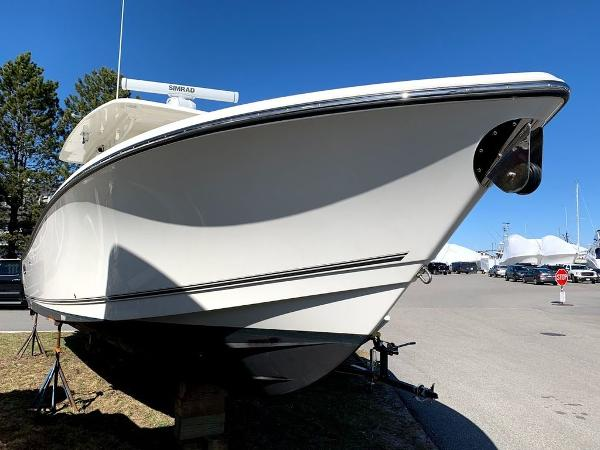 2019 Mako boat for sale, model of the boat is 334 CC Sportfish Edition & Image # 2 of 35