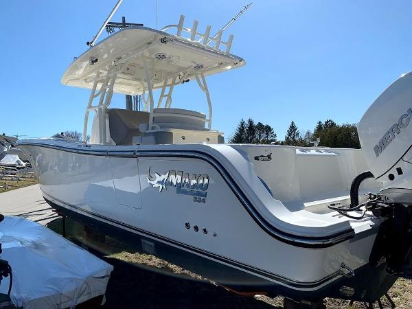 2019 Mako boat for sale, model of the boat is 334 CC Sportfish Edition & Image # 6 of 35
