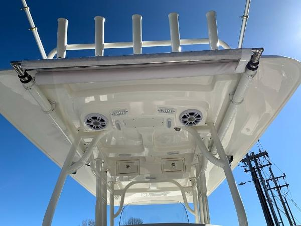 2019 Mako boat for sale, model of the boat is 334 CC Sportfish Edition & Image # 16 of 35