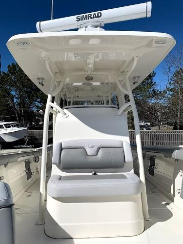 2019 Mako boat for sale, model of the boat is 334 CC Sportfish Edition & Image # 22 of 35